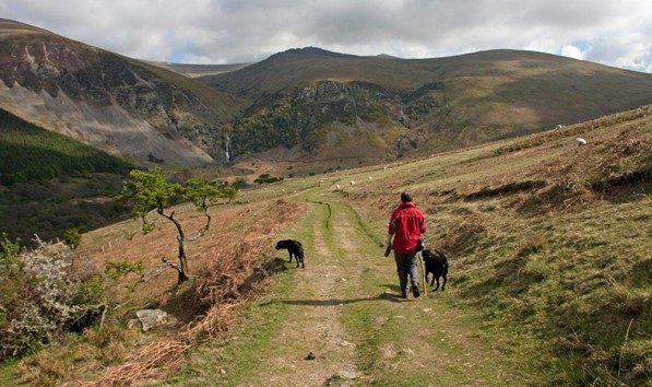 Walk to Aber Falls