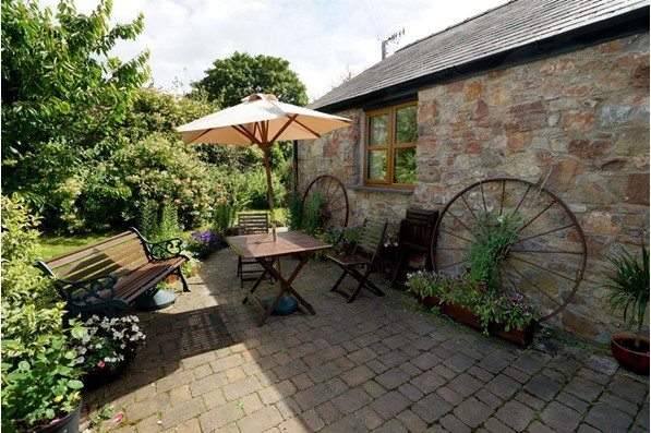 Self Catering Cottage Coach House Faner Brynsiencyn